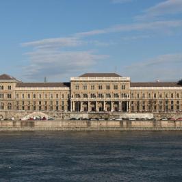 Kiadó  téglalakás (<span class='notranslate'>Budapest, IX.  </span>kerület) 250 E   <span class='notranslate'>Ft</span>/hó