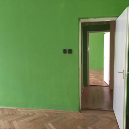 Eladó  téglalakás (<span class='notranslate'>Budapest, VIII.  </span>kerület) 55,45 M   <span class='notranslate'>Ft</span>