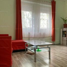 Eladó  családi ház (<span class='notranslate'>Budapest, XIV.  </span>kerület) 82.9 M   <span class='notranslate'>Ft</span>