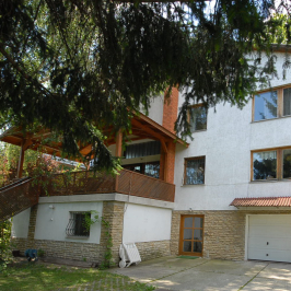Eladó  családi ház (<span class='notranslate'>Budapest, II.  </span>kerület) 480 M   <span class='notranslate'>Ft</span>
