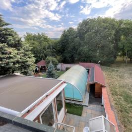 Eladó  családi ház (<span class='notranslate'>Budapest, III.  </span>kerület) 165 M   <span class='notranslate'>Ft</span>