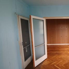 Kiadó  panellakás (<span class='notranslate'>Budapest, IV.  </span>kerület) 145 E   <span class='notranslate'>Ft</span>/hó