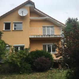 Eladó  családi ház (<span class='notranslate'>Budapest, III.  </span>kerület) 259 M   <span class='notranslate'>Ft</span>