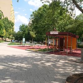 Eladó  panellakás (<span class='notranslate'>Budapest, X.  </span>kerület) 33.5 M   <span class='notranslate'>Ft</span>