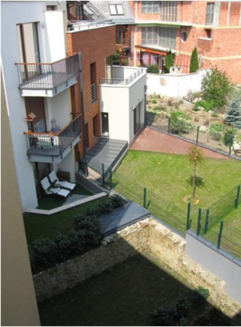 Apartmens, Budapest, II. kerület, Újlak