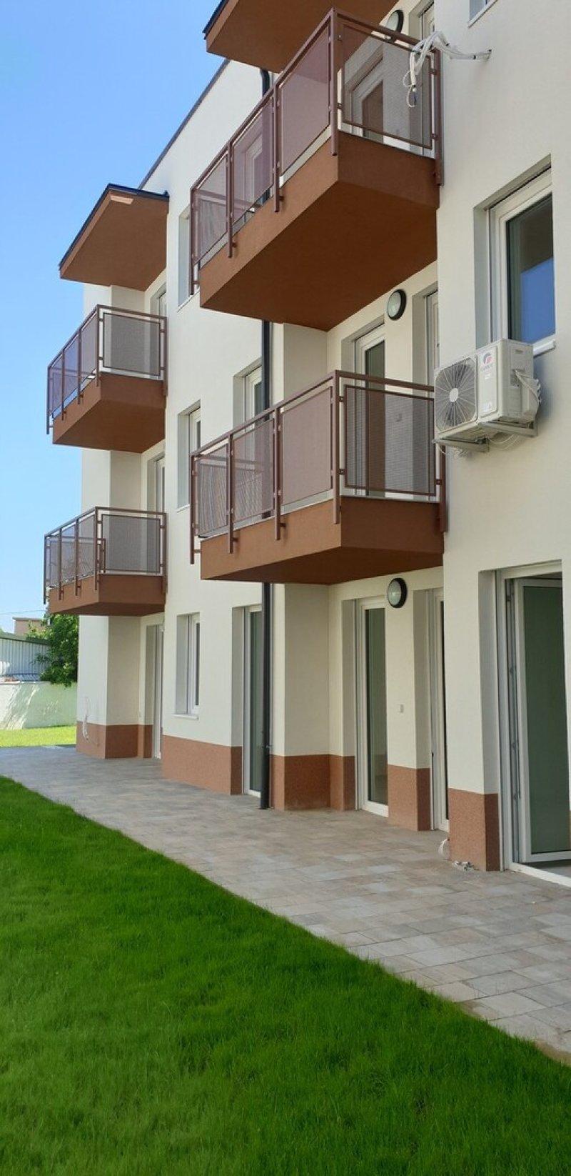 Napraforgó Társasház, Budapest, XIII. kerület, Angyalföld-kertváros
